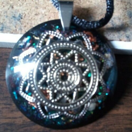 Orgone Pendant Experience Powerful Crystal Healing - 8 point Star