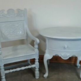 Throne chair and table
