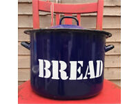Genuine Vintage Enamel Bread Bin, Perfect Christmas Present🎄