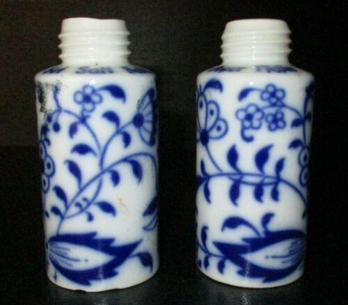 GEROLD PORCELAIN FLOW BLUE ONION SALT & PEPPER SHAKERS, BAVARIA, W. GERMANY