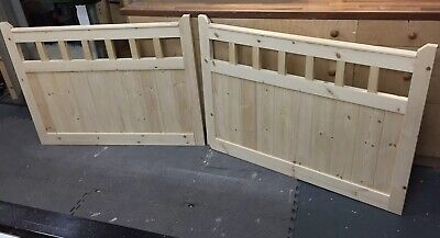 Pair Of Handmade Redwood Garden/Driveway Gates 3ft x 4ft LOCAL DELIVERY ONLY