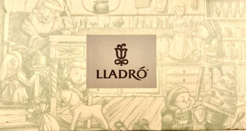 LLADRO SPAIN SANTA