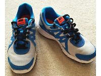 GENUINE NIKE REVOLUTION TWO TRAINERS RUNNING ATHLETIC SHOES SIZE UK 5 .5 FIVE & A HALF BLUE & GREY