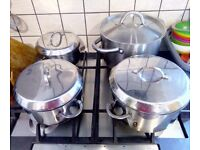 4 pots, various sizes with lids, £8 for set