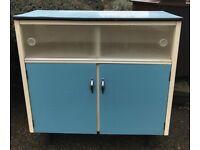 Retro kitchen storage unit