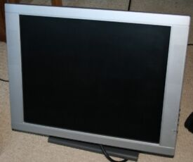 """Proview EM-190 TFT 19"""" LCD monitor"""