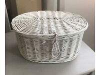 VANITY WICKER BASKET