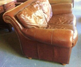 Vintage tan leather 2 seater sofa / chesterfield