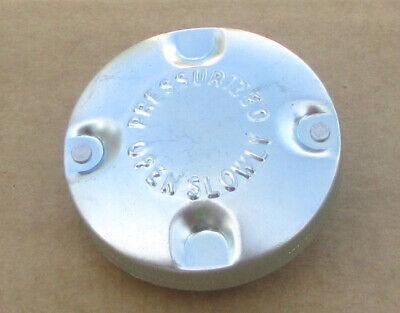 RADIATOR CAP OEM STYLE FOR JOHN DEERE JD 70 720 730 80 8020 820 830 - $17.00