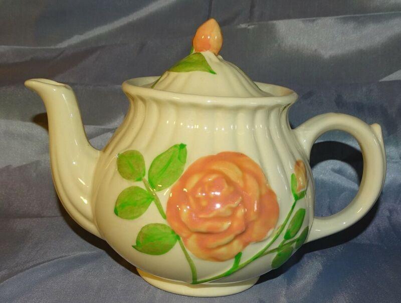 Shawnee USA Rose Teapot 6 Cup