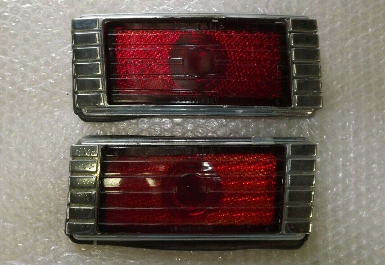 Car Parts - 1948 1949 Packard vintage car taillight part classic car USA vehicle straight 8