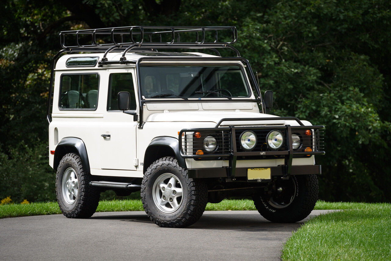 1995 Land Rover Defender  1995 D90 NAS Wagon Only 17,000 miles Collector Quality