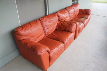 3 + 2 Seat Leather Lounge
