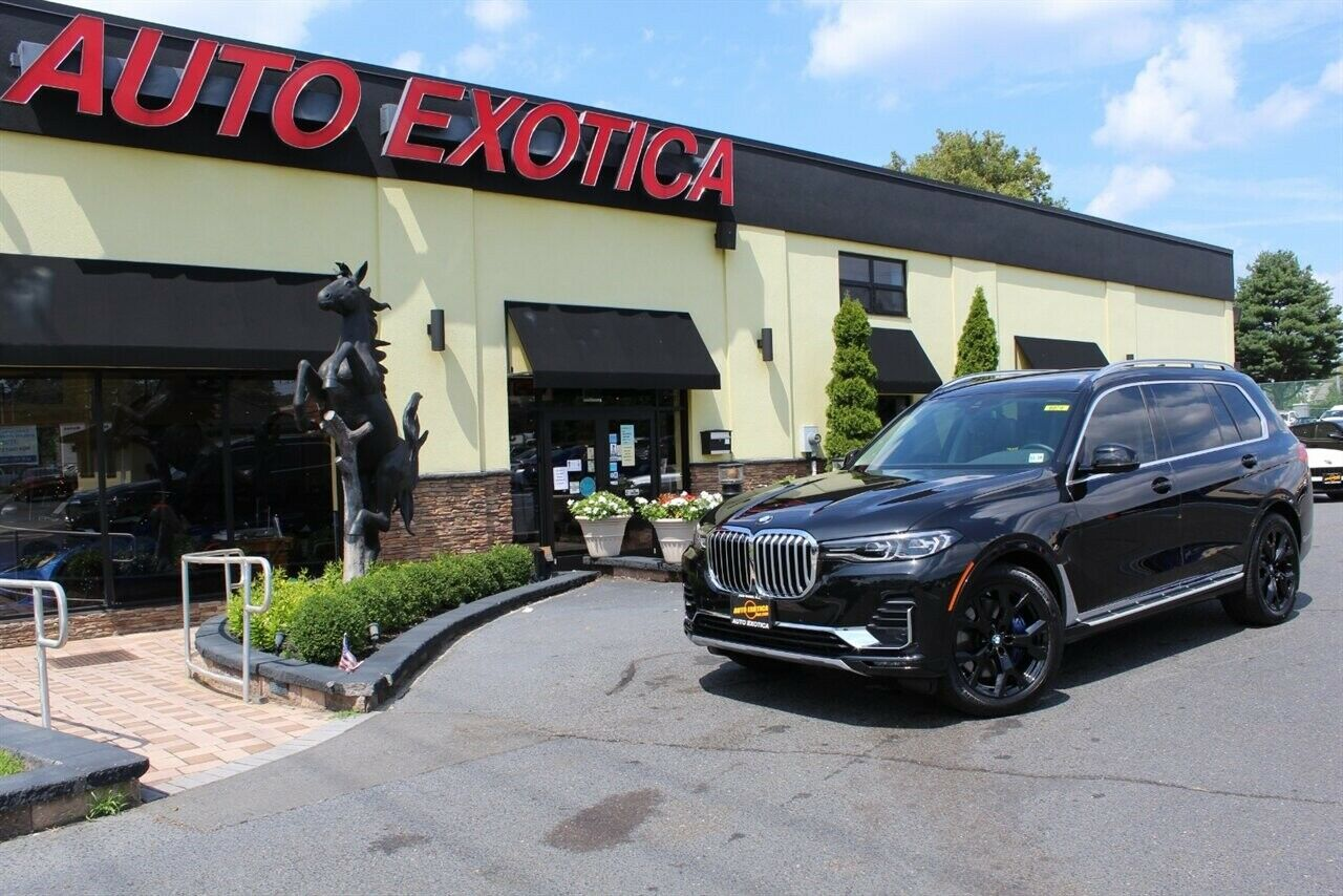 xDrive40i 3.0L Turbo I6 335hp 330ft. lbs. Automatic BMW Black Sapphire Metallic