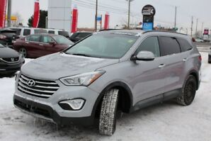 2013 Hyundai Santa Fe XL Luxary V6 Sunroof w/ Heated Seats!