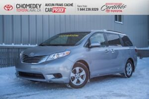 2017 Toyota Sienna LE 8 PASSAGERS