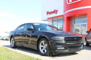 2016 Dodge Charger SXT Amazing Condition !