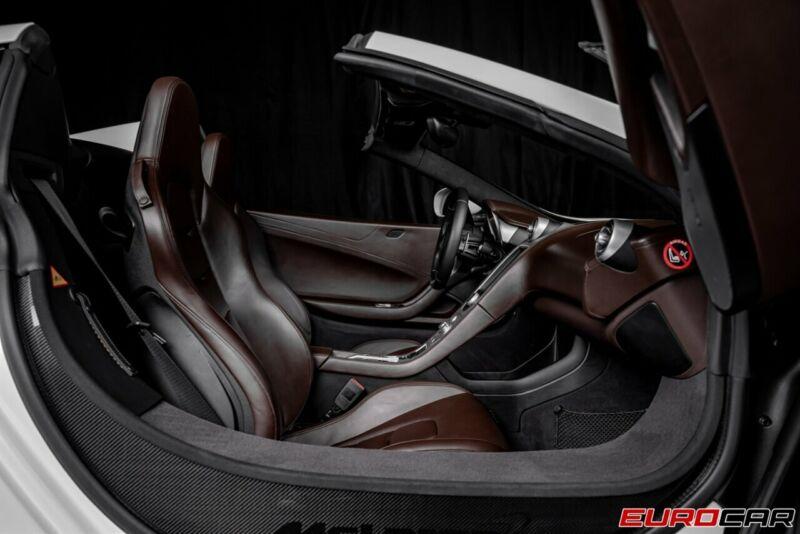 Image 15 Voiture Asiatique d'occasion McLaren 650S 2015