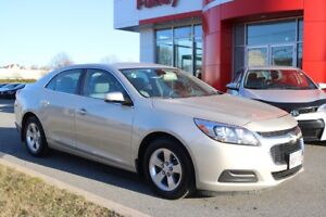 2015 Chevrolet Malibu LS LOCAL TRADE ! ONE OWNER !