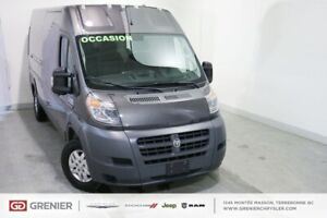 2017 Ram Promaster 2500+HIGH ROOF+159''+3 PASSAGERS 2500+HIGH RO