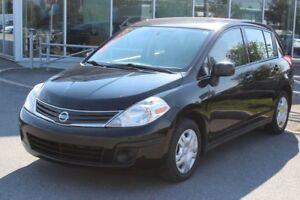 2010 Nissan Versa 1.8S*HATCH*AUTO*AC*GR ELEC*CD MP3