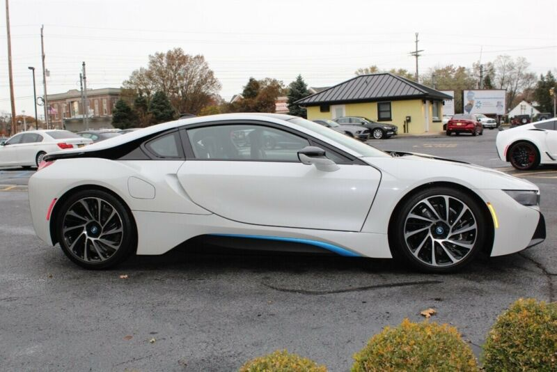 Image 5 Voiture American used BMW i8 2014