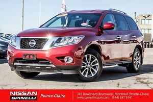 2016 Nissan Pathfinder SV AWD 18' MAGS, BLUETOOTH, BACK UP CAM,