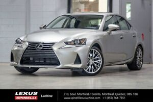 2017 Lexus IS 300 LUXE AWD; CUIR TOIT GPS ANGLES MORT  LSS+ VERY