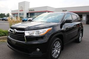 2015 Toyota Highlander XLE AWD MAGS TOIT CUIR GPS 8 PASSAGERS
