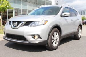 2016 Nissan Rogue SV+MAGS+BLUETOOTH+A/C SV+MAGS+BLUETOOTH+A/C