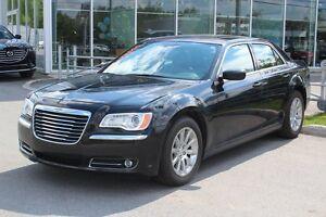 2014 Chrysler 300 TOURING*V6*GPS*CAMERA*AC*BLUETOOTH*TOIT PANO*C