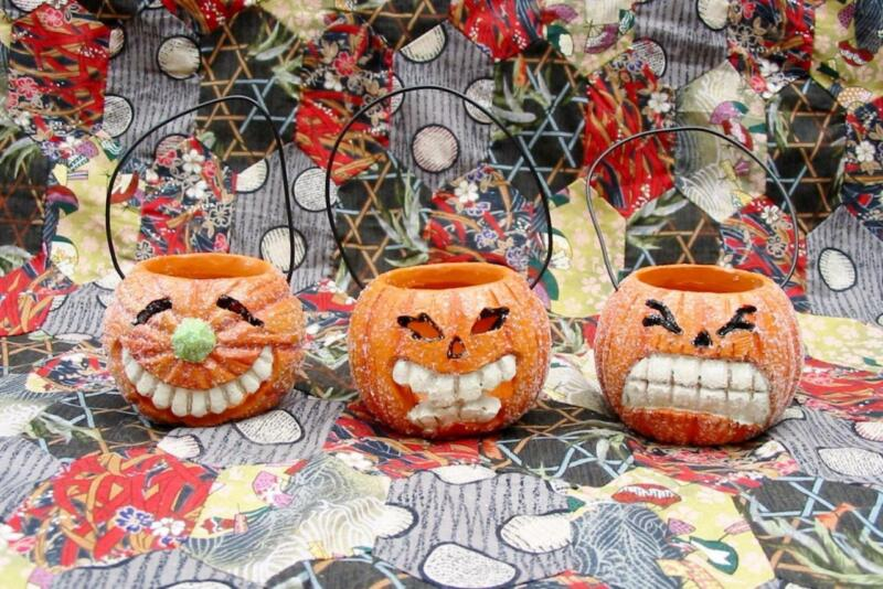 Halloween Set of 3 Tiny Paper Pulp Ornaments Buckets Jack O