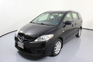 2009 Mazda Mazda5 GS! Great storage space. 3 rows