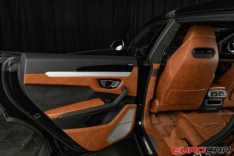 Image 19 Voiture Européenne d'occasion Lamborghini Urus 2020
