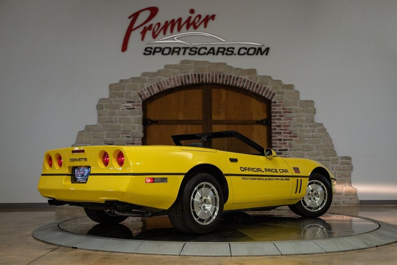 1986 Yellow Chevrolet Corvette   | C4 Corvette Photo 9