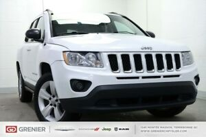 2011 Jeep Compass NORTH+4X4+PNEUS D'HIVER NORTH+4X4+PNEUS D'HIVE