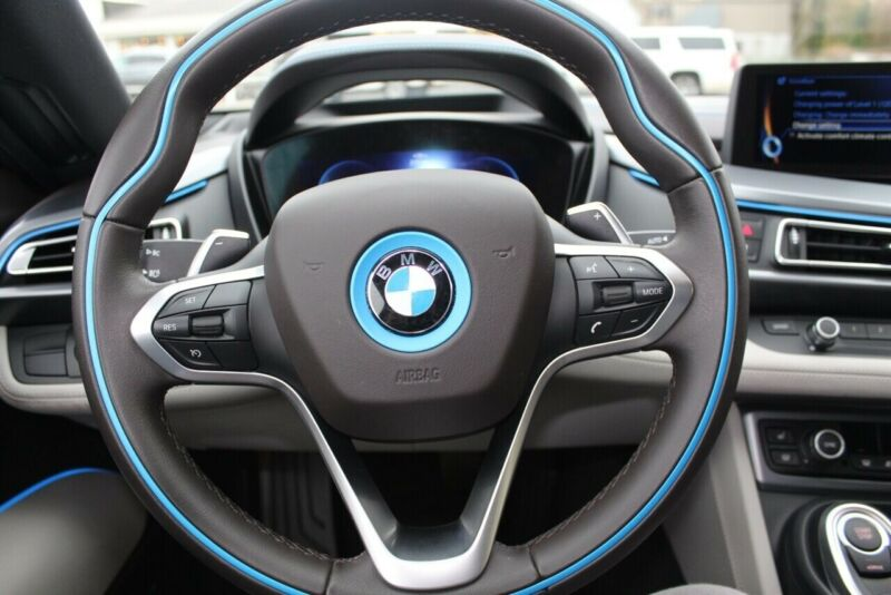 Image 16 Voiture American used BMW i8 2014