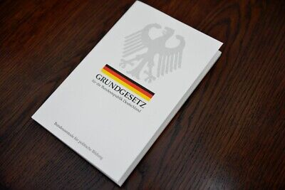 Grundgesetz Buch Deutschland - Aktuellste Version - NEU