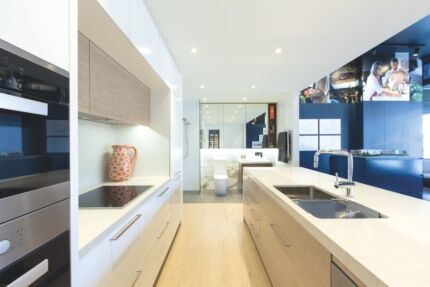 EX DISPLAY SUITE KITCHEN - NOW SOLD - BATHROOM AVAILABLE Canterbury Boroondara Area Preview