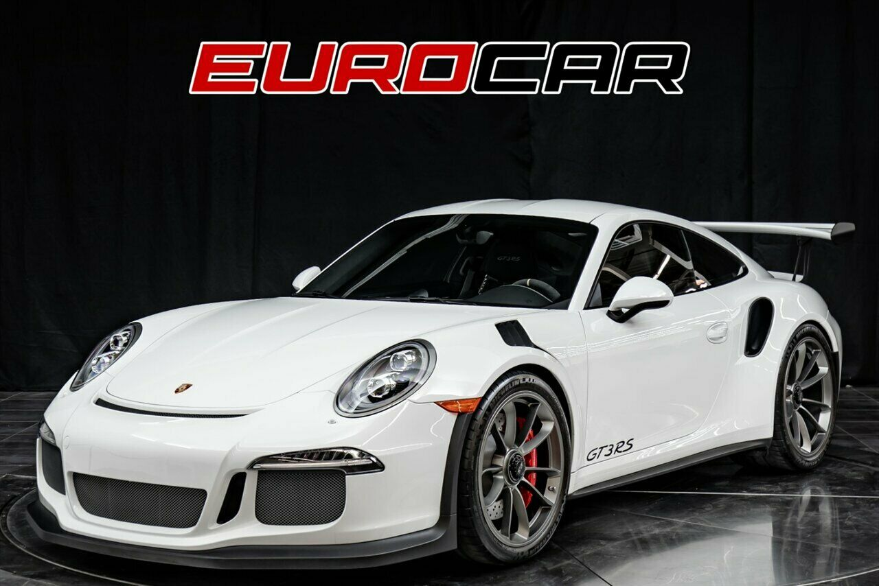 2016 Porsche 911 GT3 RS  4.0L H6 500hp 338ft. lbs. White