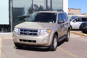 2011 Ford Escape XLT 2011 FORD ESCAPE XLT LOW KMS LIFE TIME ENGI