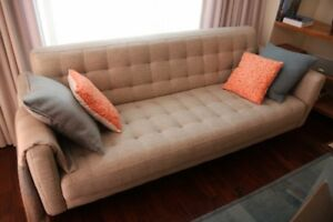 3-seater sofa Dallas, fabric sand/dark brown wood