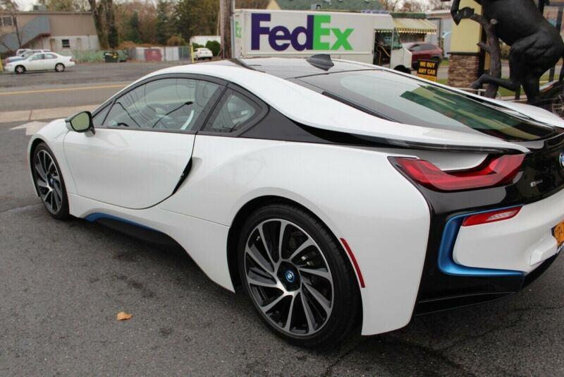 Image 8 Voiture American used BMW i8 2014