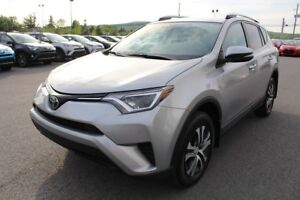 2017 Toyota RAV4 LE AWD SIEGES CHAUFFANTS CAMERA RECUL BLUETOOTH