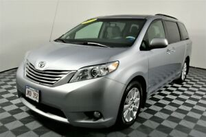 2014 Toyota Sienna AWD. Heated seats. BACK-UP CAM