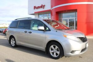 2011 Toyota Sienna SPACE FOR THE WHOLE FAMILY!!