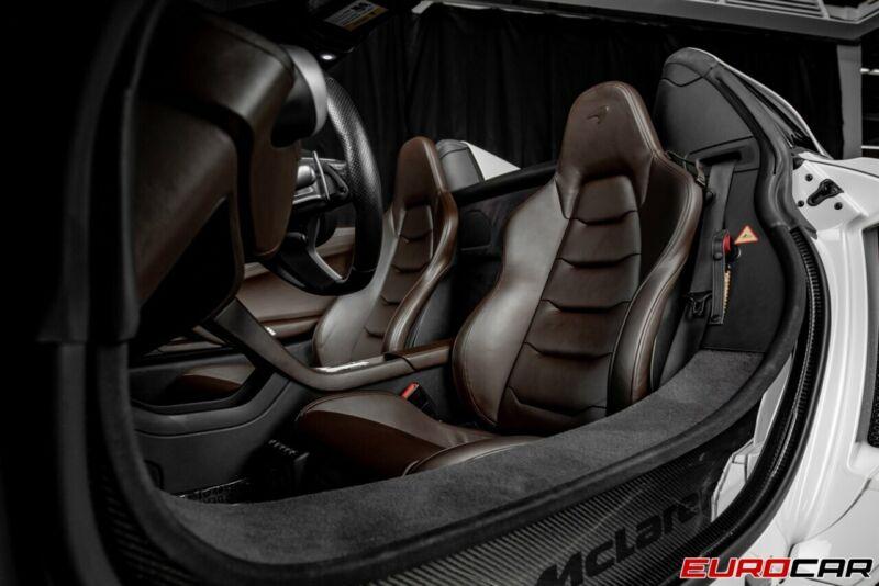 Image 12 Voiture Asiatique d'occasion McLaren 650S 2015