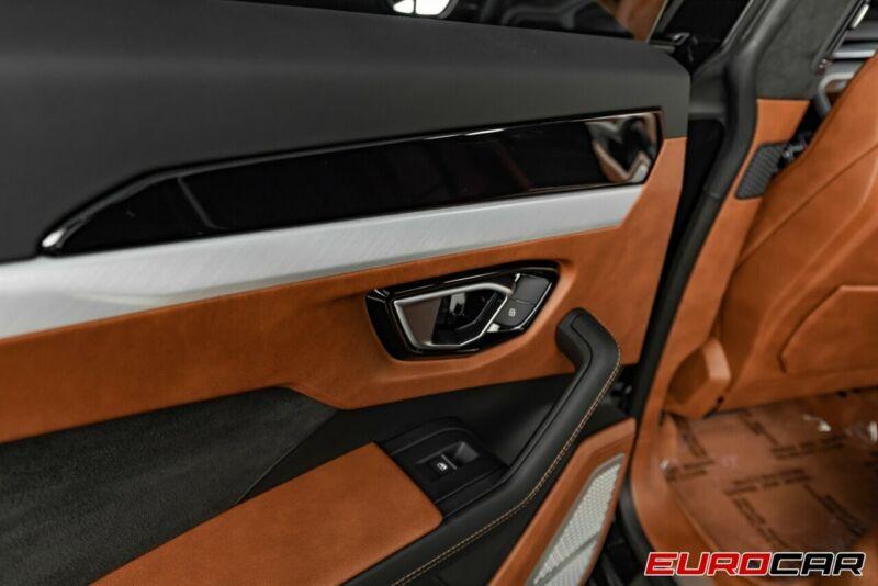 Image 20 Voiture Européenne d'occasion Lamborghini Urus 2020