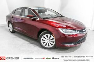 2016 Chrysler 200 LX+8000km+BLUETOOTH+PNEUS 'HIVER INCLUS