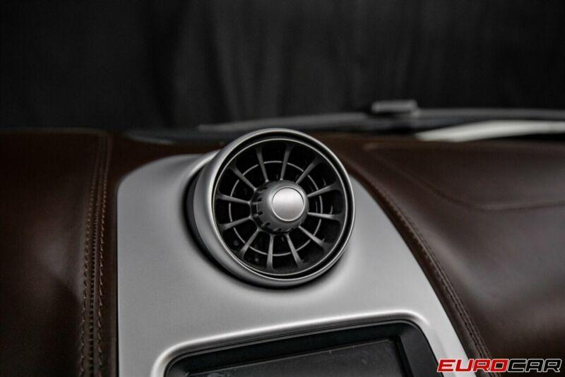 Image 24 Voiture Asiatique d'occasion McLaren 650S 2015